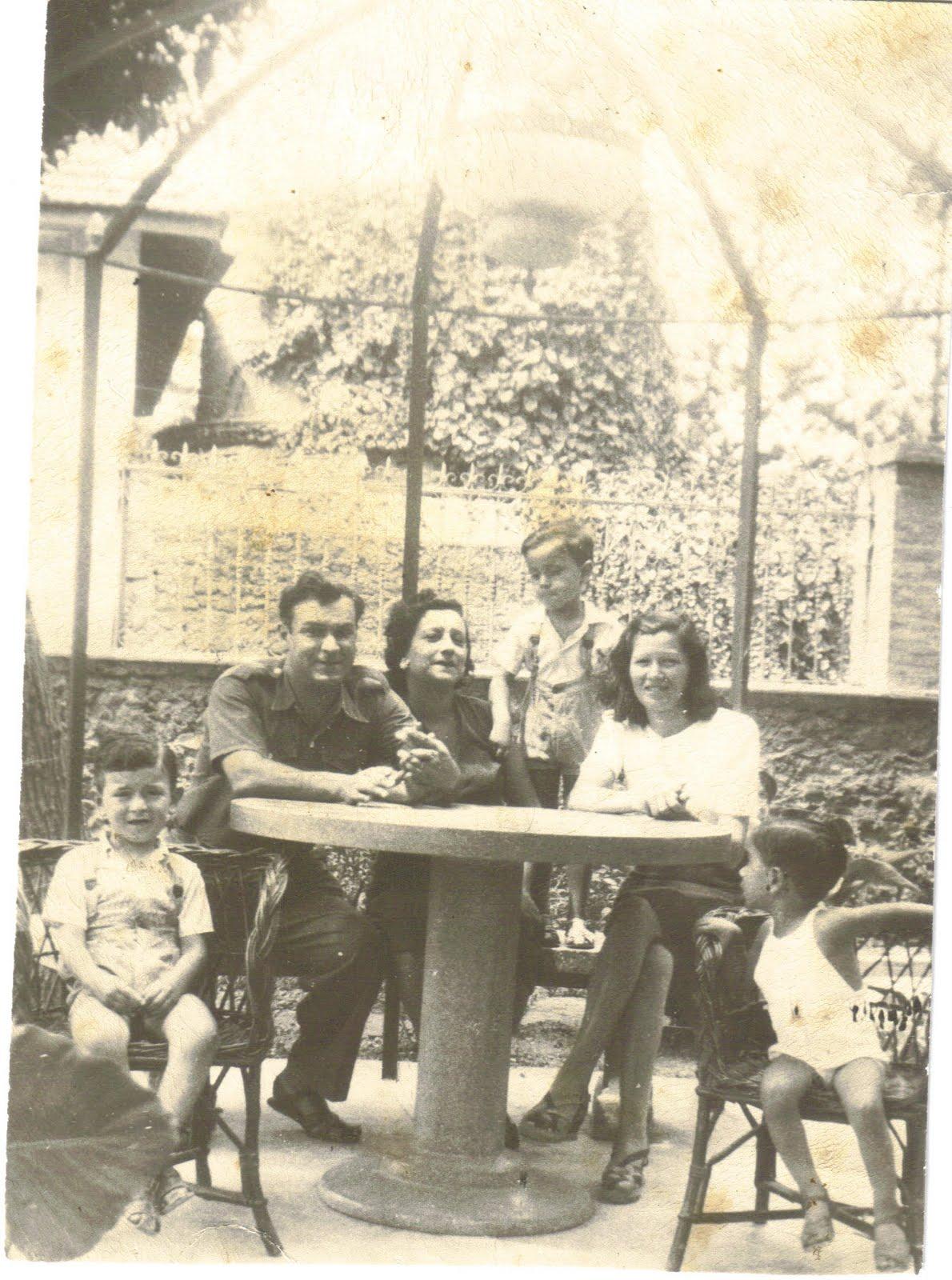 Hubert zakine la famille durand de la rue marengo - Famille durand arc international ...