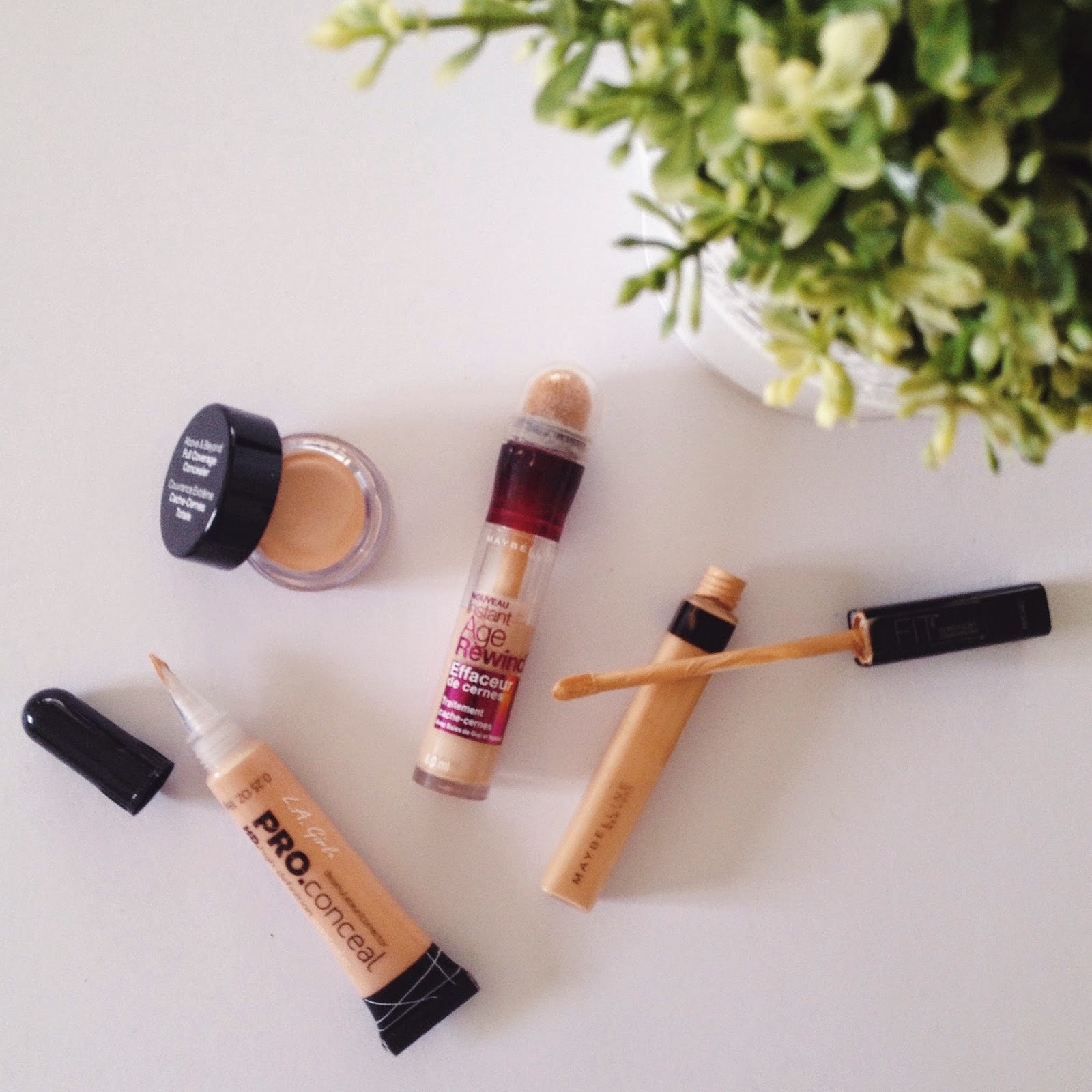 The Affordable Concealer Round Up Oniochalasia Maybelline Fit Me In Sand 2 Age Rewind Dark Circle Eraser 3 La Girl Pro Conceal Natural 4 Nyx Porcelain