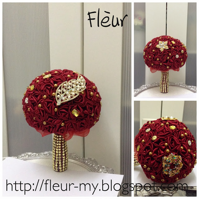 Exclusive Red Bouquet by Fleur