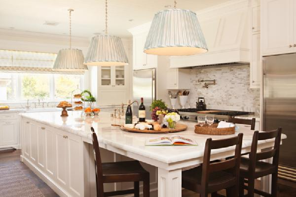 Marble countertops design chic design chic - Kitchen island designs with seating for 6 ...