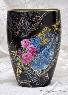 Jarro de porcelana pintado by Zenaide Castro Foto Marco Barreto
