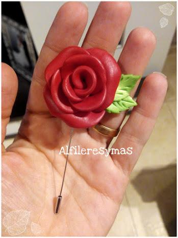 Agujón flor en fimo