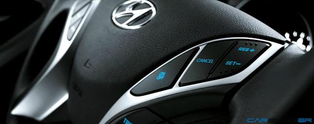 Hyundai Elantra GLS 2013 - volante multifuncional