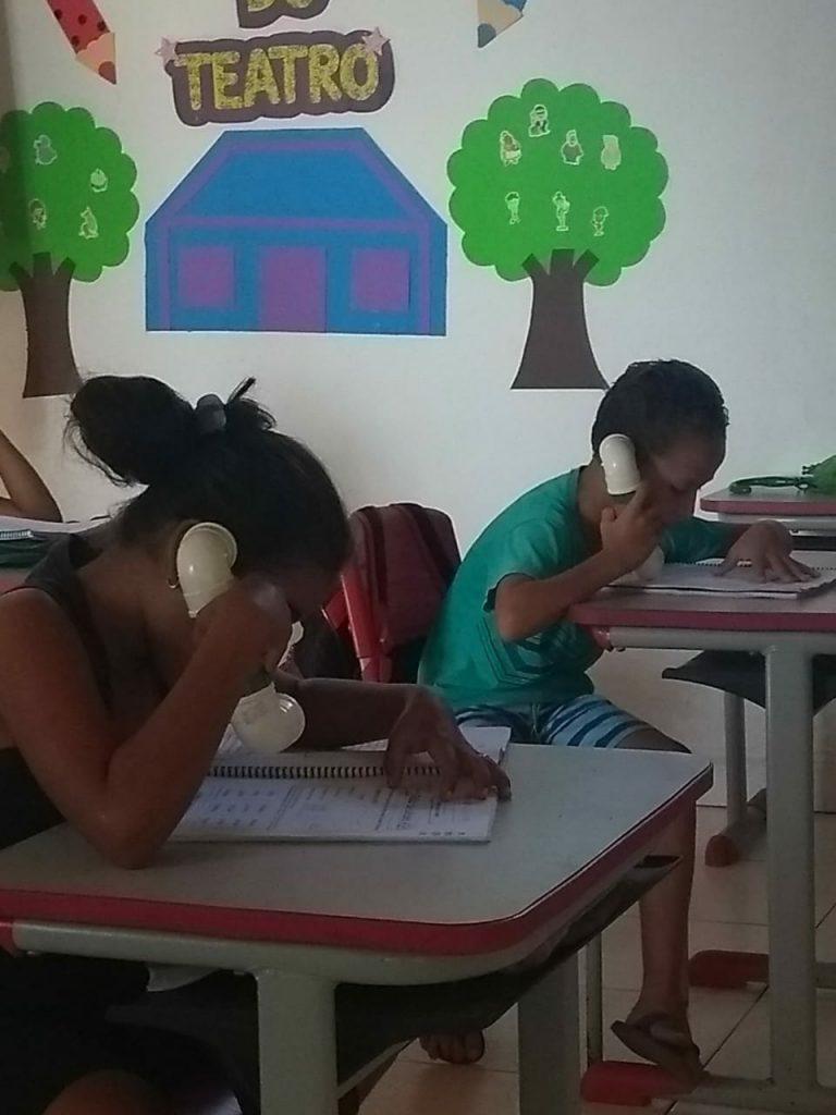 PROFESSORA DA REDE MUNICIPAL DE ENSINO REALIZA TRABALHO INOVADOR DE ALFABETIZAÇÃO
