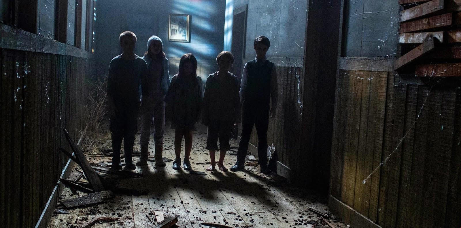 As crianças assustadoras estão de volta no trailer do terror A Entidade 2
