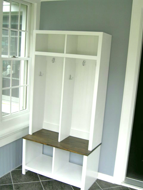 Mudroom Storage Diy : That s my letter diy entryway cubbies bench portion