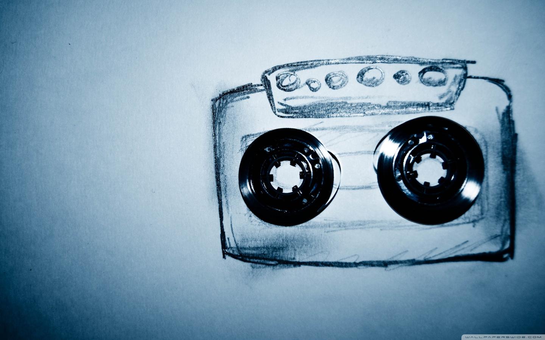 http://1.bp.blogspot.com/-RmAlZZKXMWo/T2TX2UYLqQI/AAAAAAAAAQY/2UOw7p8jP5M/s1600/cassette_tape_drawing-wallpaper-1440x900.jpg
