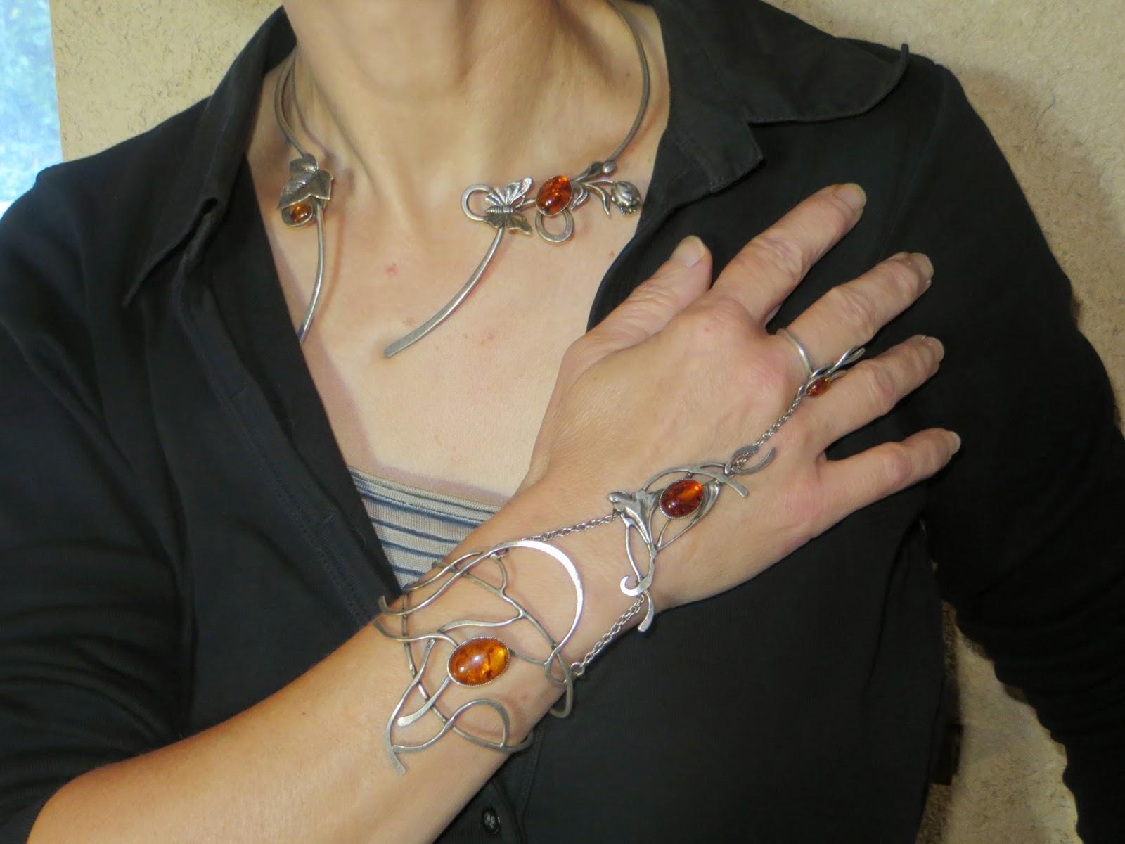 Torque Pas de deux assorti au bracelet-bague Entrelacs elfique