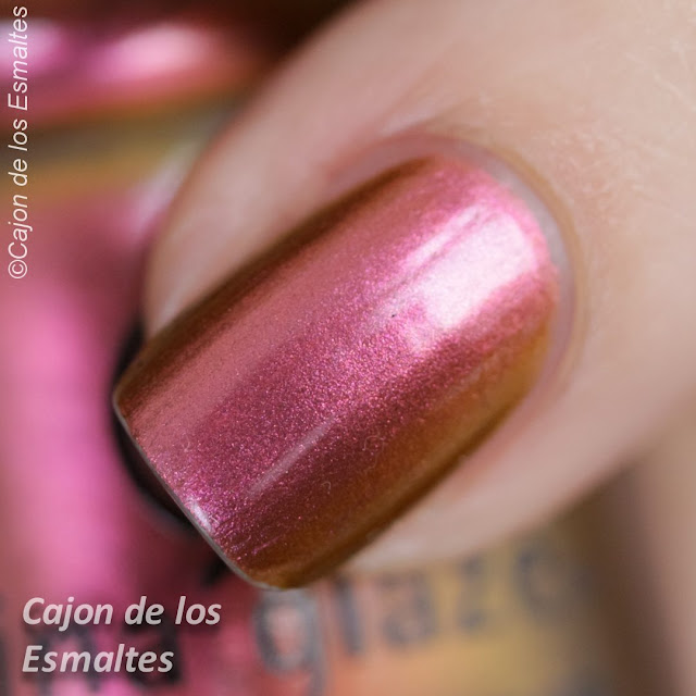 Macro - Cabin Fever China Glaze