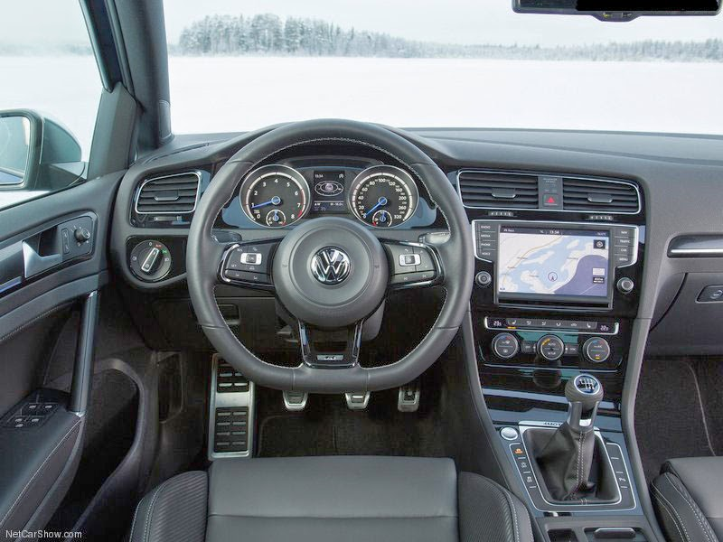 Volkswagen VW Golf R - Interior 2014