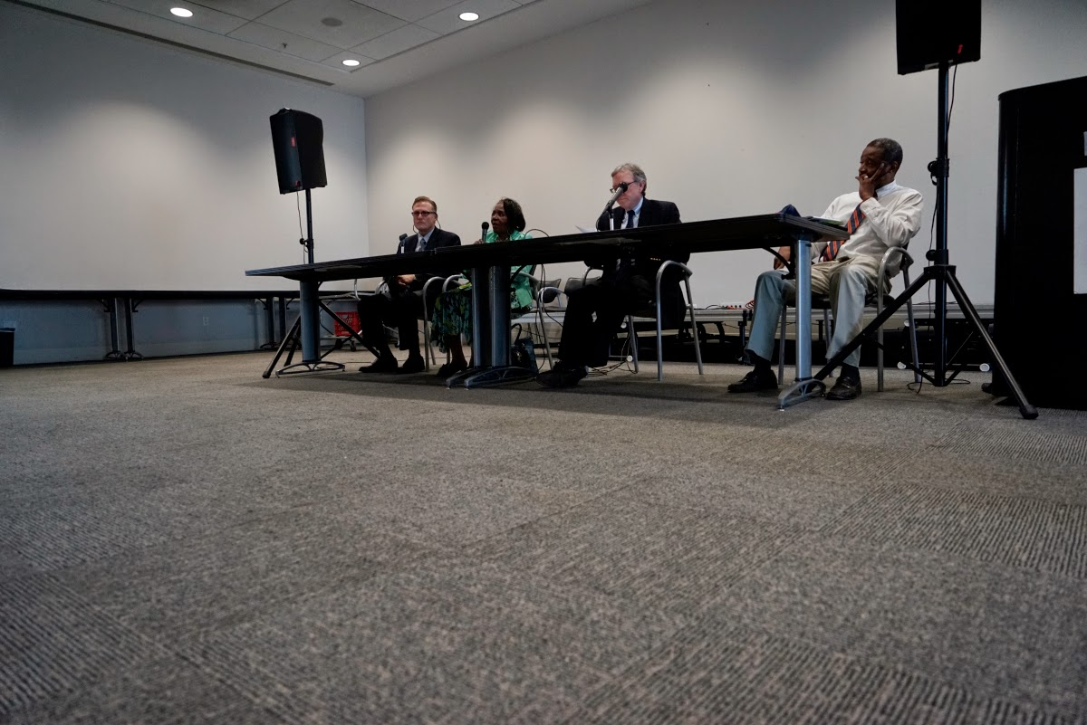The Forum panel