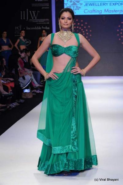 fashion shonal rawat