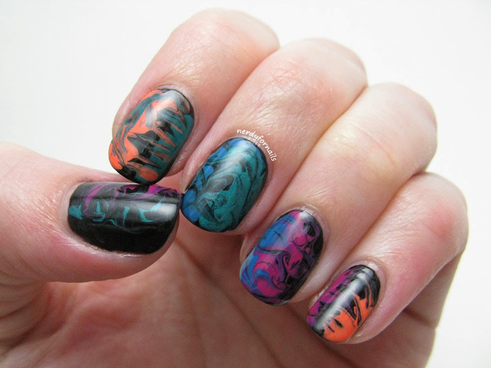 Dry marble swirl nails