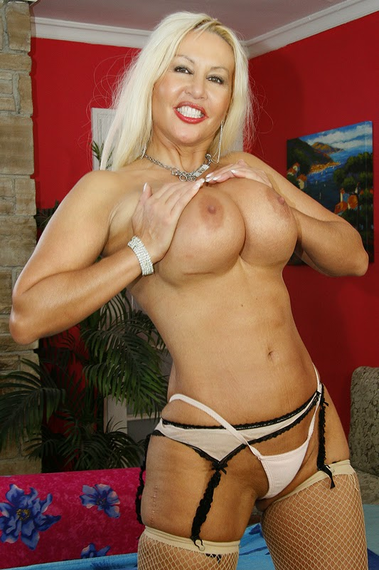 free live chat cougar xxx