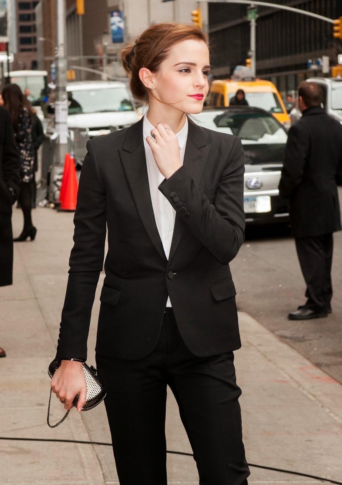 Hot Photos of Emma Watson.