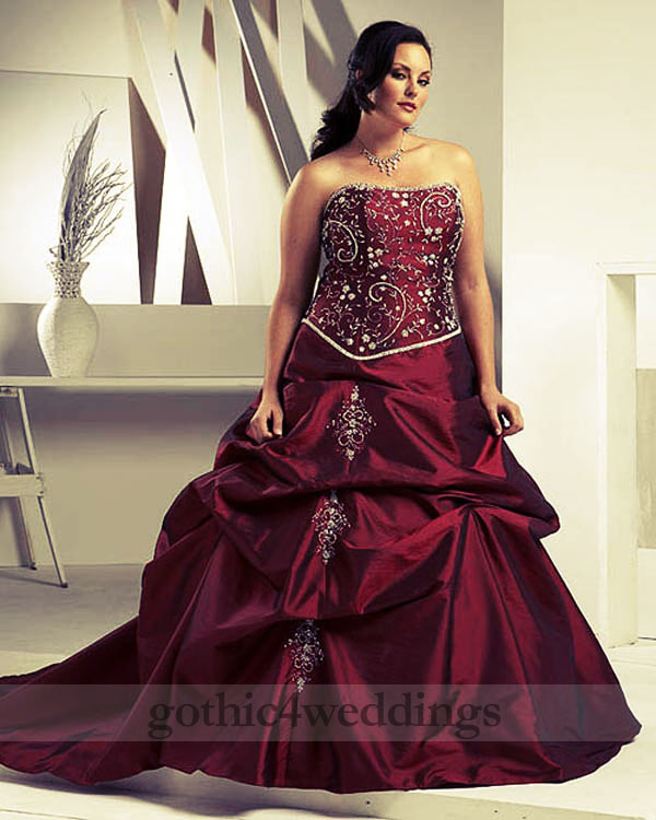 Gothic Plus Size Wedding Dresses Collection