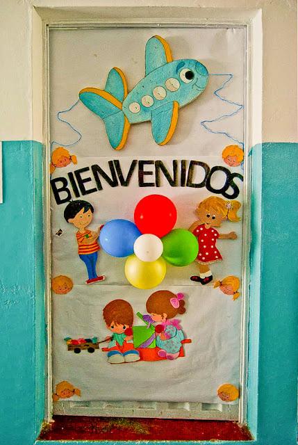 Mi ni o andr s bello decoraci n de carteleras y puertas for Puertas decoradas para regreso a clases