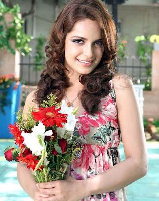 Shazahn Padamsee sexy picture