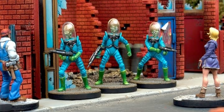 Product Review: Mars Attacks Miniatures Games