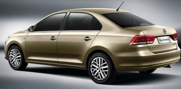 Volkswagen Santana 2013 atras