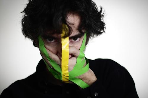 http://1.bp.blogspot.com/-RnutFS5yI2M/ThcK_RKidcI/AAAAAAAAANw/dGTzH-OBtW0/s1600/self+censorship.jpg