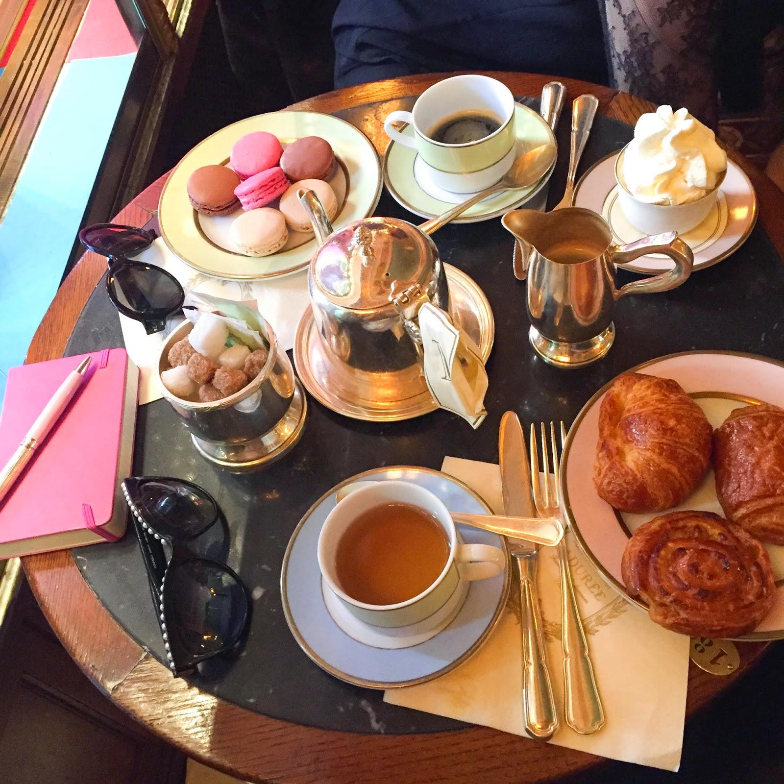 ladurée, paris, parisian places, the_caroo, pardonmyobsession, fashion blogger
