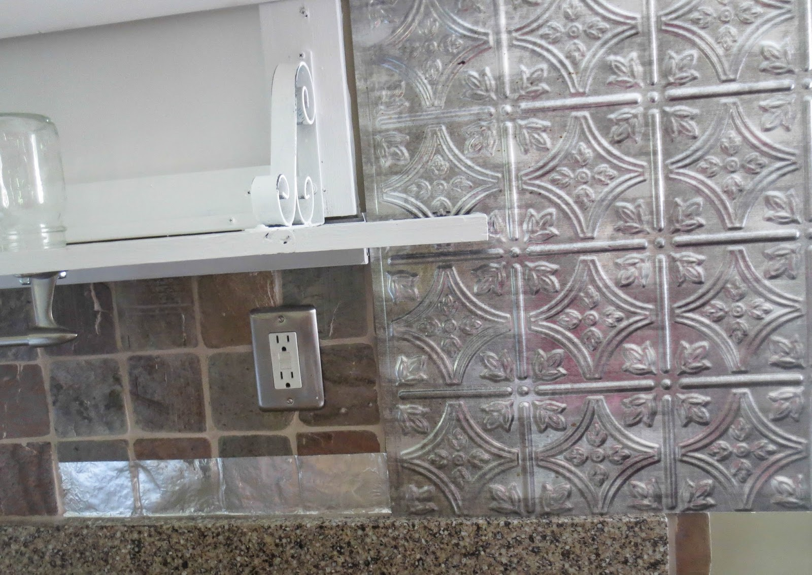 how to put up tile backsplash in kitchen