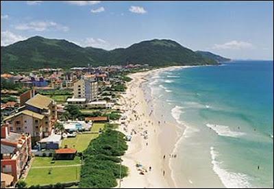 Praia dos Ingleses no Litoral de Santa Catarina, em Florianópolis