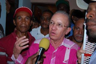 Aristy Castro consulta a reformistas de San Luis; la mayoría respalda un pacto con HM