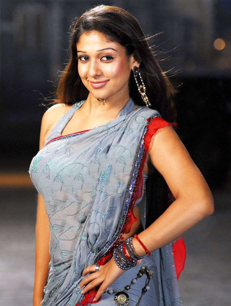 Nayanthara Hot In Saree