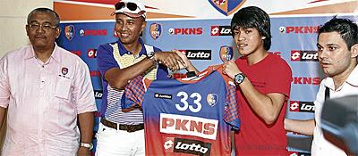 Nazmi Faiz Mansor Sah Milik Kelab Selangor PKNS