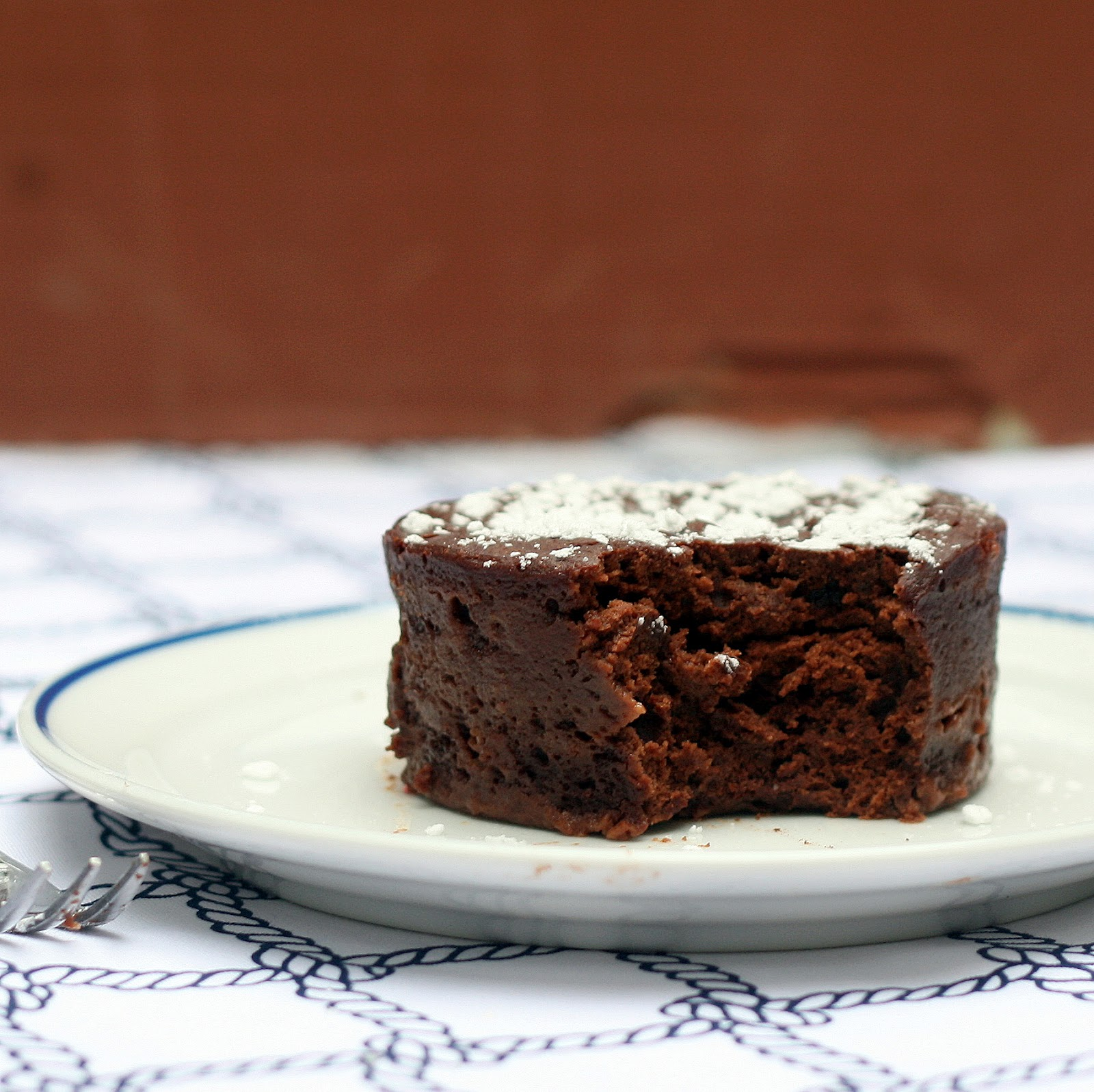 Single Serving Mocha Fudge Cake – The Smart Cookie
