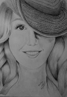 رسم وجه فتاة بالرصاص