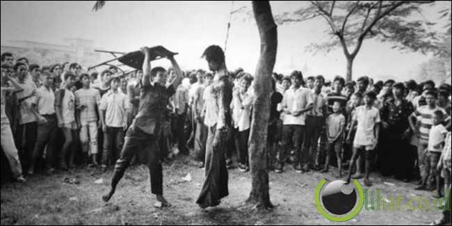 kekejaman yang dilakukan kepada para mahasiswa di kampus Thammasat