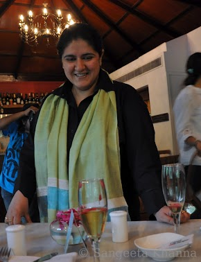 Tea with Anamika Singh : when a master Tea-Taster pours tea for you and educates you about tea blends and more...