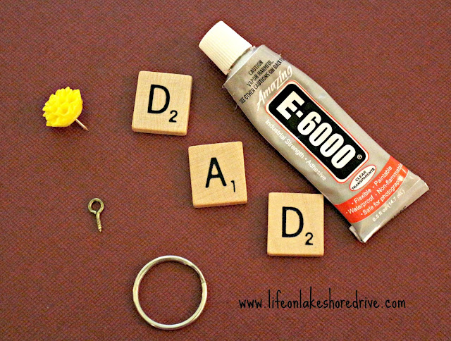 Scrabble Tile Keychain, Father's Day Gift, #scrabble tile, #gift idea, #keychain tutorial