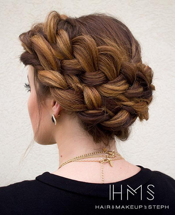 http://www.hairandmakeupbysteph.com/
