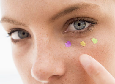 aplicar corretivo colorido, corretivo amarelo, corretivo lilas, corretivo roxo, corretivo verde, corretivo vermelho, usar corretivo colorido,