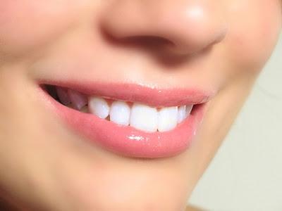 bibir indah alami
