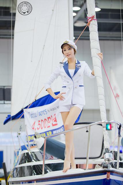 Eun Bin at KIBS 2013