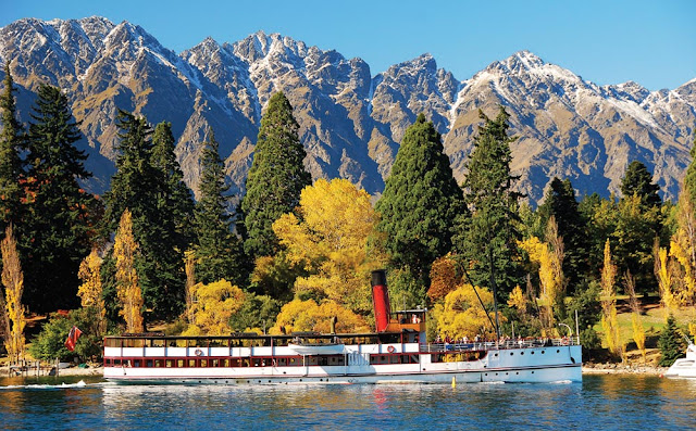 historic steamship TSS earnslaw on lake wakatipu queenstown new zealand