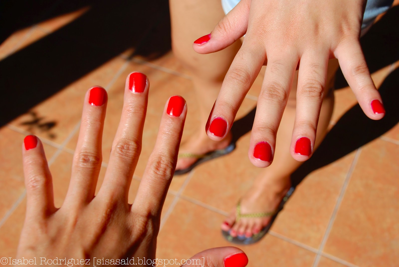 Ring my Bell, Isabel: Fake Nails and No Chip UV Polish