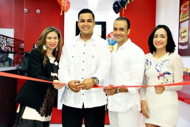 """Don Emilio Coffee Shop"" inaugura primera sucursal en SFM"