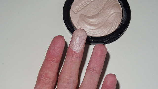 Freedom Makeup Pro Highlight Review