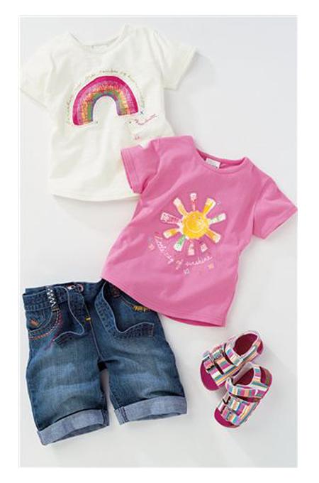 صورة ملابس اطفال محير للاولاد والبنات بألوان مختلفة