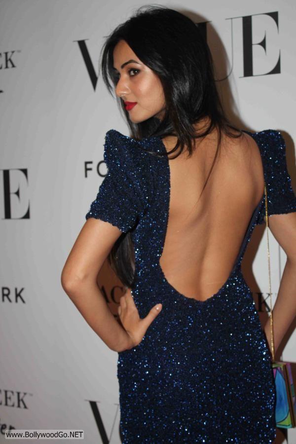 Sona+Chauhan+Fashion+-+BollywoodGo+(1)