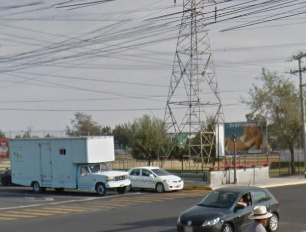 Autos y tráfico de Toluca