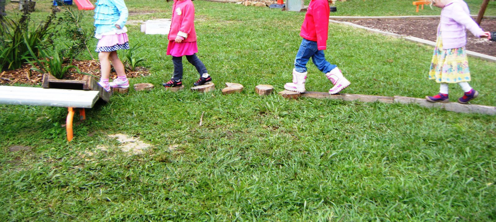 children play loose parts imagination their own obstacle course