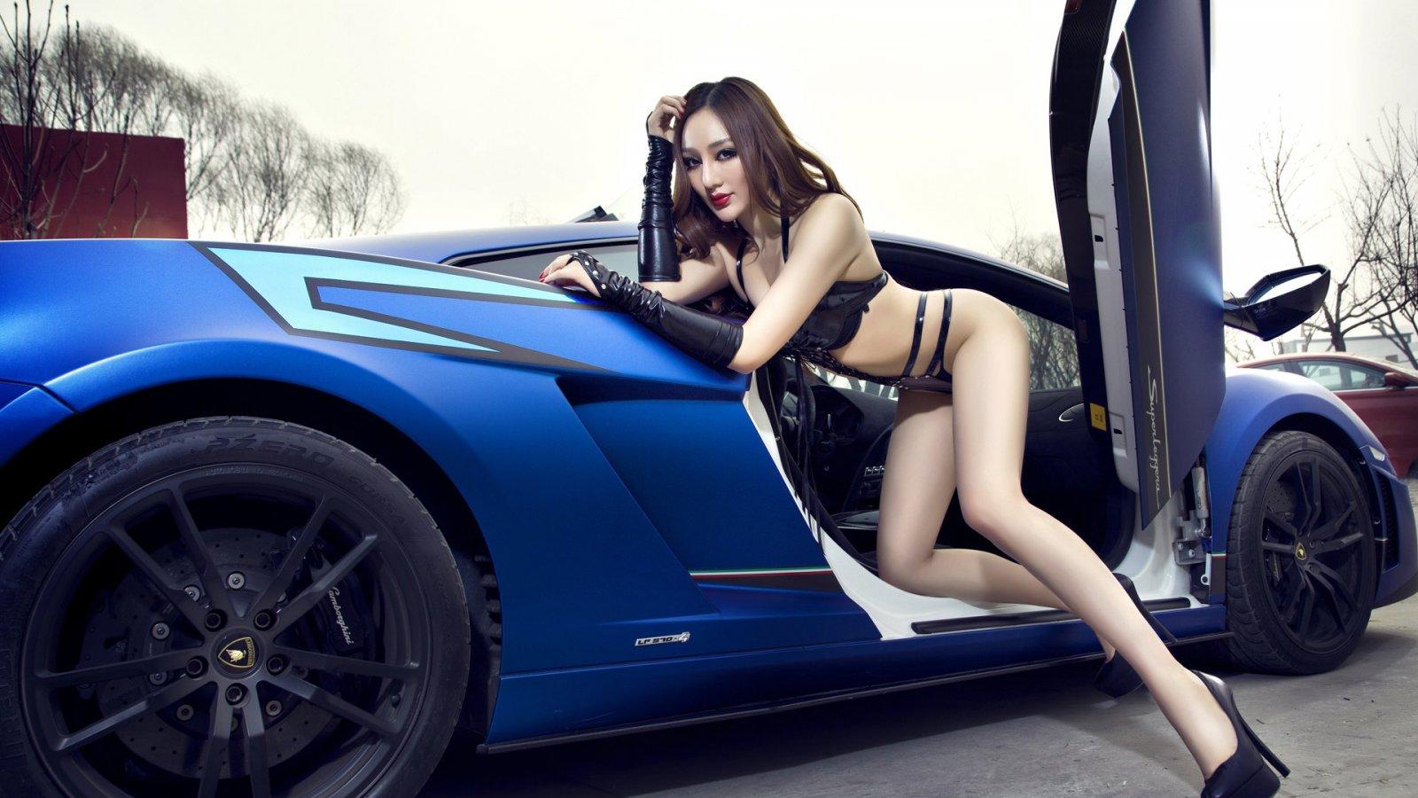 Wallpaper Mobil Keren Dan Cewek Cantik Buka Mata