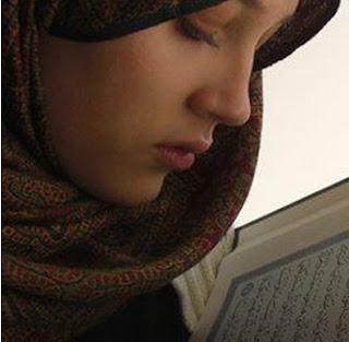 manfaat memakai hijab